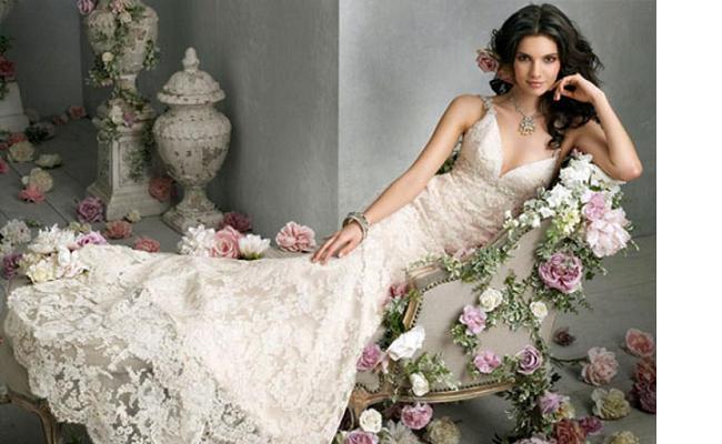 FHC Vera-Wang-Wedding-Gown